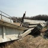 【東日本大震災】JR常磐線の高架橋倒壊(4月13日撮影)